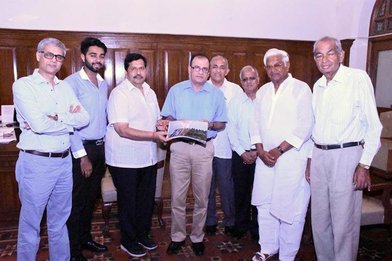 Mangal Prabhat Lodha Meets BMC Commissioner
